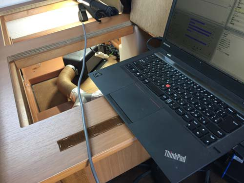 ベバストヒーター コンピューター診断用コネクターをつなぎます
