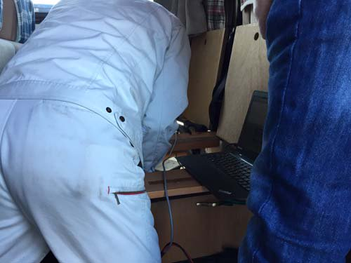 ベバストFFヒーターのコンピューター診断をします