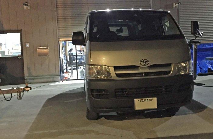ベバストFFヒーター取付。静岡県から埼玉県までハイエースを持ち込んでくれました