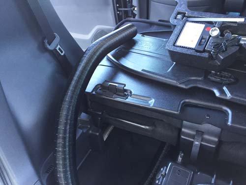 ホンダN-ワゴンにベバストFFヒーター取付