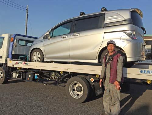 フリードハイブリッド車にベバストFFヒーター取付 車を持ち込んだ業者さん