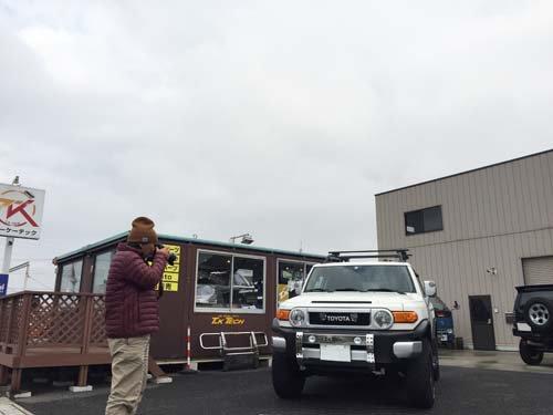 4WD・SUVパーツガイドの撮影風景FJクルーザー