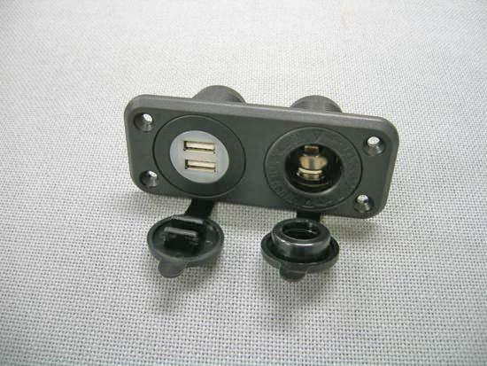 シガーソケット USBポート