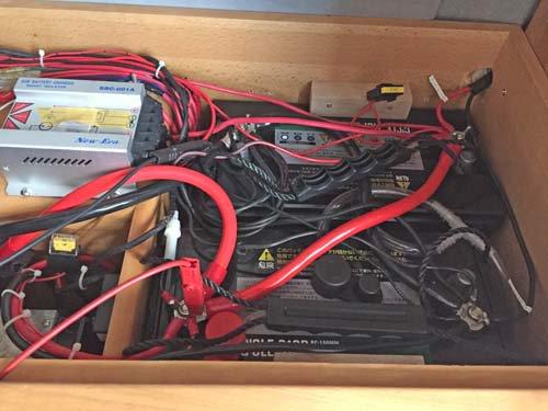 電装品に関するケーブル配線やヒューズの見直しをしました