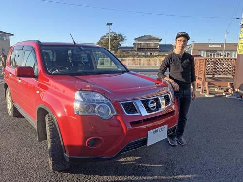 T31エクストレイル用バグガードと神奈川県から来社のOさん