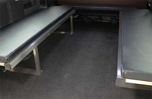 座れる車中泊ベッド-NV350キャラバン用【画像7】