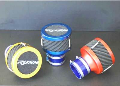 剥き出しタイプの湿式エアクリーナー「RUSHフィルター」は3色でコーディネート