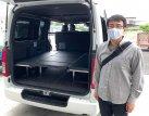 【車種から】ハイエースに関するブログ 早速「座れる車中泊ベッド」を新車ハイエースに取り付けの埼玉県Nさん