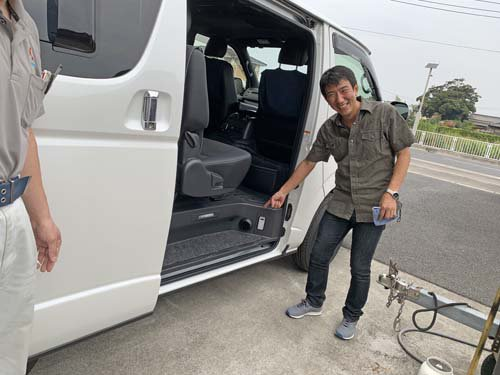 ハイエースS-GLの車体下にベバストヒーターを取付しました
