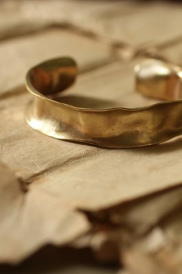 Brass Frill Bangle #3 - Plain