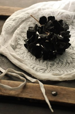 Hydrangea Leather Corsage - Black