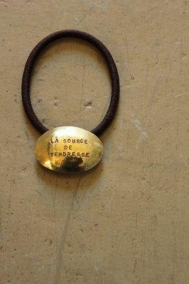 Brass Concho Hair Gom - Oval