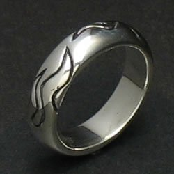 FLICKER RING