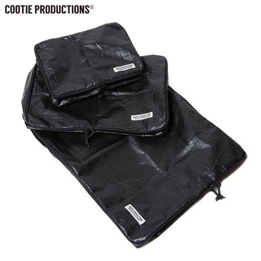 COOTIE PE Travel Case Set<img class='new_mark_img2' src='//img.shop-pro.jp/img/new/icons7.gif' style='border:none;display:inline;margin:0px;padding:0px;width:auto;' />