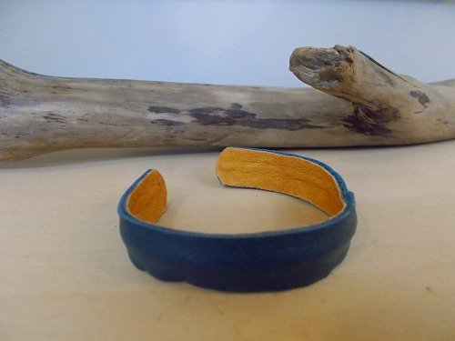 【Marvelous Staff】 LEATHER BANGLE