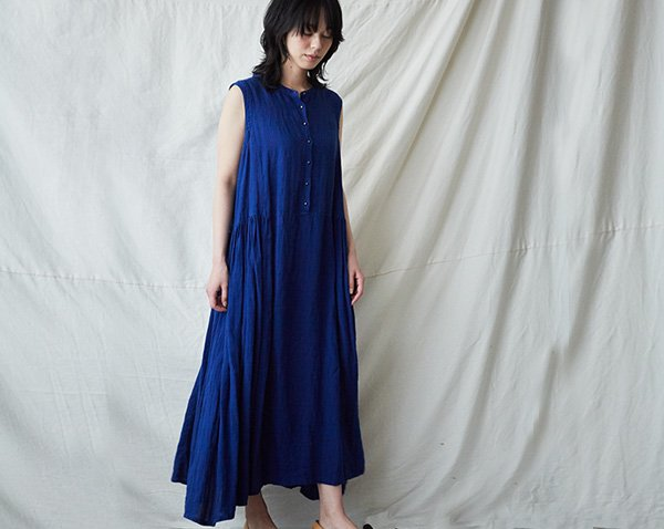 |SALE| sleeve-less dress