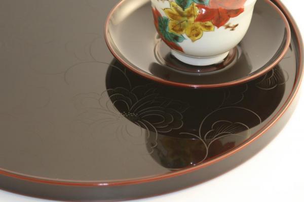 花彫り 茶托 溜 柄は宝相華 日本製 送料無料 写真その2