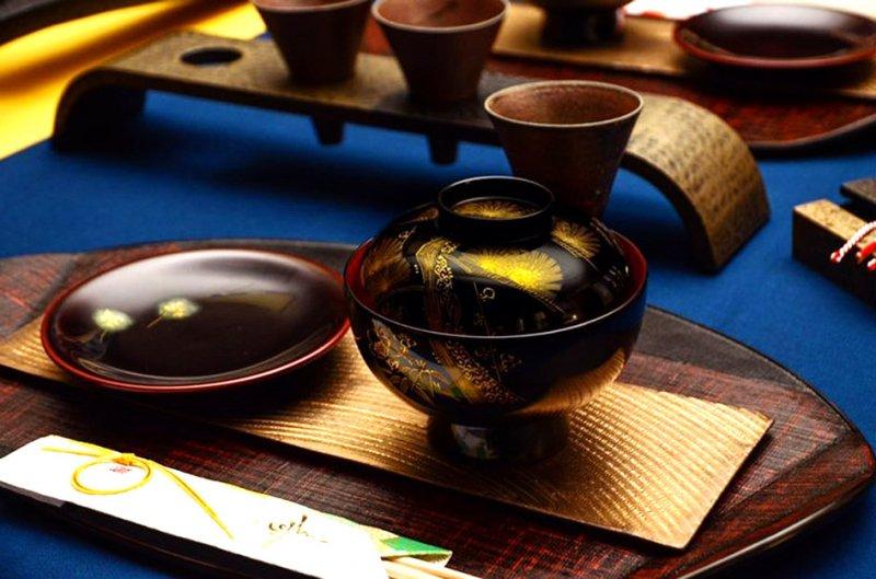 布を両面に貼り手に取りやすい形の木の葉膳布張り 日本製 送料無料 写真その1