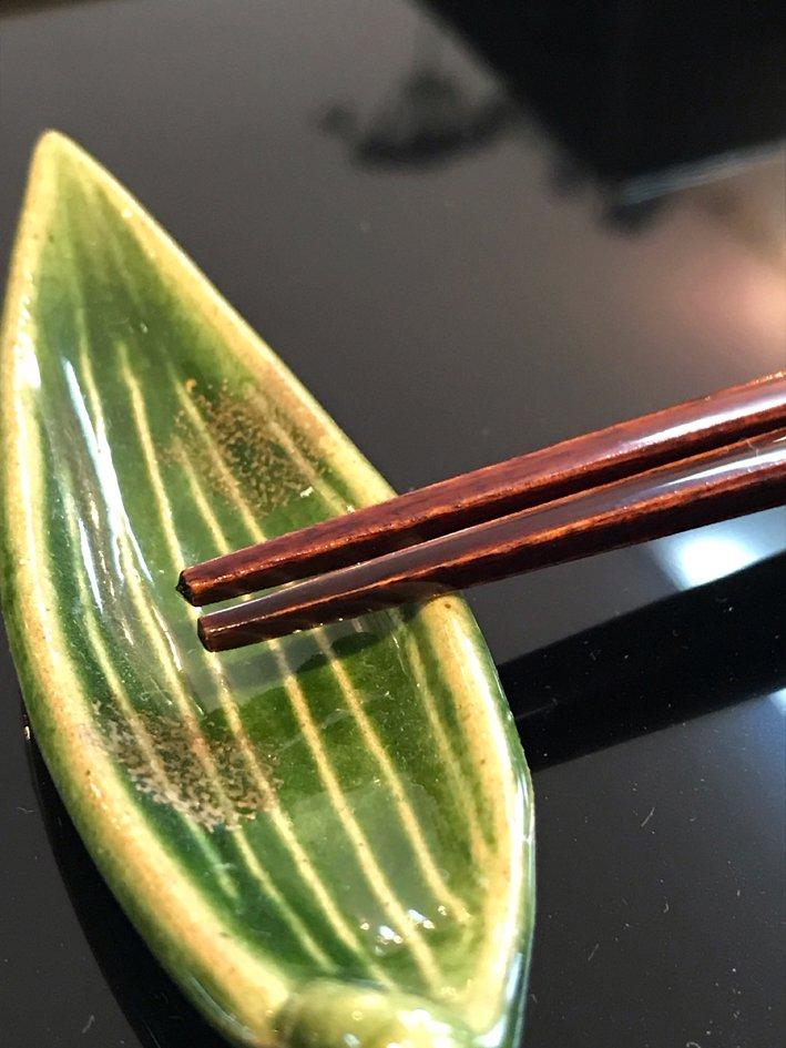 伝統工芸士こだわりの漆塗り箸 古代朱 贈り物に最適 写真その2