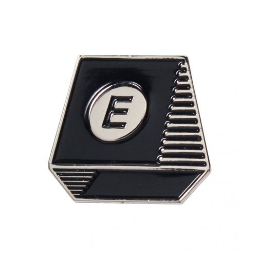 ENiGMa (エニグマ) TYPEWRITER PIN