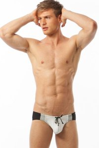 N2N Bodywear University Comp スイムビキニ C20*<img class='new_mark_img2' src='https://img.shop-pro.jp/img/new/icons20.gif' style='border:none;display:inline;margin:0px;padding:0px;width:auto;' />