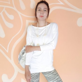 <img class='new_mark_img1' src='https://img.shop-pro.jp/img/new/icons3.gif' style='border:none;display:inline;margin:0px;padding:0px;width:auto;' />【New】 Tunic Surya Long white