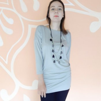 <img class='new_mark_img1' src='https://img.shop-pro.jp/img/new/icons3.gif' style='border:none;display:inline;margin:0px;padding:0px;width:auto;' />【New】 Tunic Surya Long silver gray