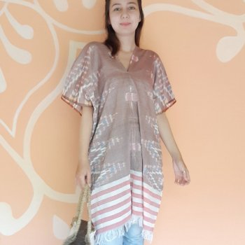<img class='new_mark_img1' src='https://img.shop-pro.jp/img/new/icons1.gif' style='border:none;display:inline;margin:0px;padding:0px;width:auto;' />BALI SARONG TUNIC / BROWN