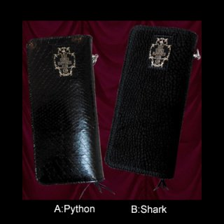 <img class='new_mark_img1' src='https://img.shop-pro.jp/img/new/icons50.gif' style='border:none;display:inline;margin:0px;padding:0px;width:auto;' />BLACK WALLET(PYTHON & SHARK)