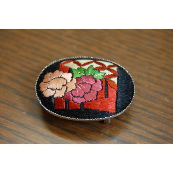 帯留め 刺繍(黒)