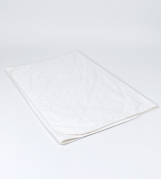 <img class='new_mark_img1' src='//img.shop-pro.jp/img/new/icons5.gif' style='border:none;display:inline;margin:0px;padding:0px;width:auto;' />mattress pad ベッドパッド