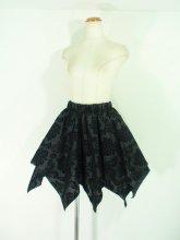 フリルスカート:ダマスク柄のスクエアゴシックフリルスカート 黒