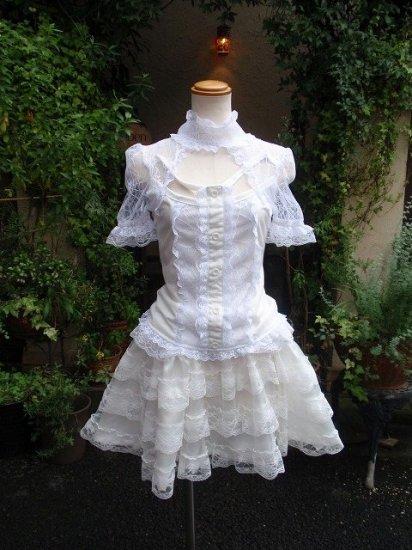 フリルシャツ クモの巣レースと編み上げの白ゴスフリルシャツ