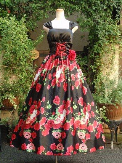 真紅の薔薇のロングドレス黒 薔薇コサージュ付き