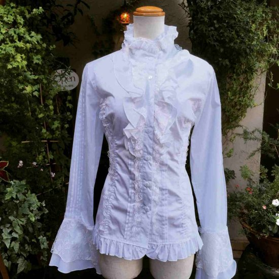 フリルブラウス姫袖立ち襟の背面編上げ付き 白M