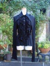 フリルシャツ:三角襟とスタンドフリルの背面編み上げフリルシャツ 黒