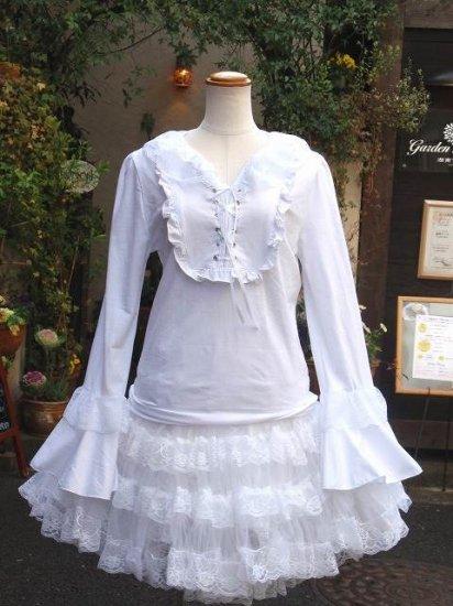 フリルブラウス ダブルフリルヨーク襟と編上げ姫袖フリルカットソー