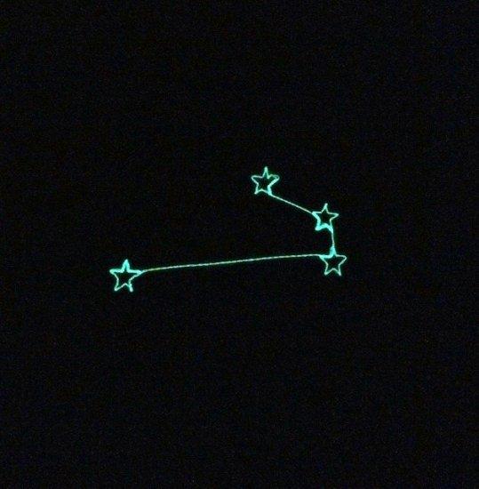 光る星座ワッペン 「おひつじ座」