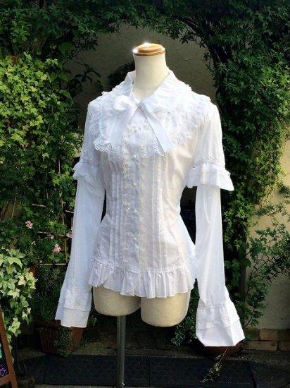 フリルブラウス大きめサイズ丸襟薔薇ボタンベル袖 白 刺繍可