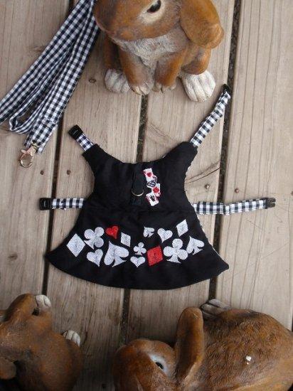 うさぎハーネス 刺繍リフルシャッフルトランプハーネス 黒(リード付き) Sサイズ メンズ