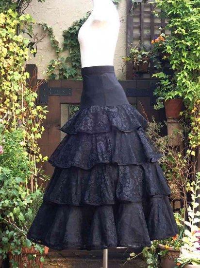 フリルスカート 黒薔薇魔女のフリルロングスカート