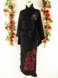 フリル浴衣バラ柄ゴシック風ロング丈 黒&赤フリーサイズ