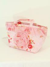 フリルランチバッグ保冷ロマンティックローズ薔薇柄 ピンク