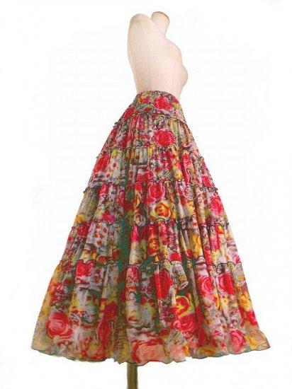 フリルクラシカルフレアースカート薔薇と宝石柄 赤&黄フリー(L)サイズ