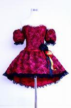 フリルドレス:薔薇生地のコルセット付袖スカートコサージュの4点セット 赤
