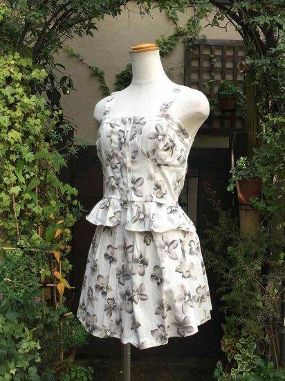 フリルビスチェとスカートのお花柄セット ホワイト