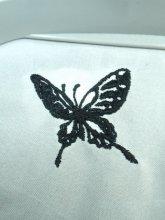 刺繍蝶々モチーフ