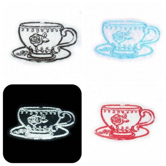 刺繍アンティークカップモチーフ