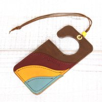 KUBIKI LEATHER AIR FRESHENER (BROWN)
