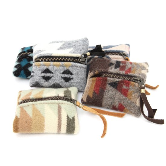 Early Morning (アーリーモーニング) FASTENER POUCH XS (ポーチ)